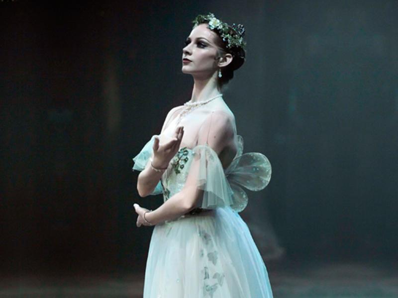 Giselle - Laurretta Summerscales as Myrtha